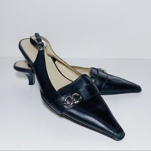 Arturo Chiang Kitten Heels Slingback Pointed Toe
